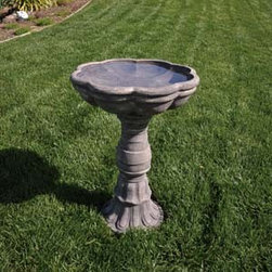 Bond Manufacturing - Tortolla Birdbath - A traditional birdbath, updated with a beautifully scalloped rim. The perfect addition to a well-appointed backyard sanctuary.