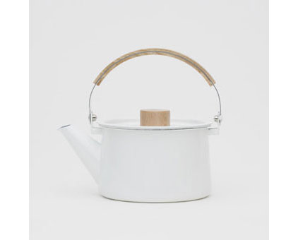 Contemporary Kettles by ReForm School
