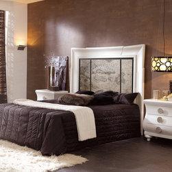 ATOR BED SET 5 - MEASURES HEADBOARD: