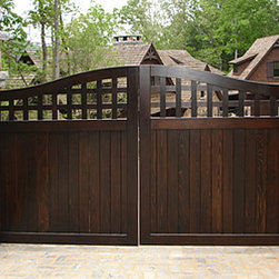 Portland Collection Wood Driveway Gate - The Portland Collection is characterized by a blocky lattice top portion (1.5in thick lattice, NOT your run of the mill thin stapled lattice!) and a tongue and groove bottom panel.  A time-tested wooden gate design that can complement a variety of home styles.