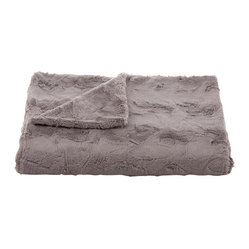 Belle & June - Lux Minky Taupe Throw - Possibly the softest blanket you've ever felt, this luxuriosu throw is made of faux fur on both sides. It's perfectly sized for cozying up on chilly evenings and will also add lots of color and texture to your bed or sofa.