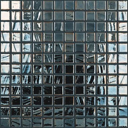Vidrepur Titanium Mosaic Black Iridescent 093780M - Our glass products are made up from 99% recycled material.