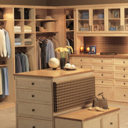Custom Closets - Whether you have a small or large wardrobe closet Dayoris is proud to offer the industry's widest palette of materials, including melamines, laminates, veneers and real woods to build the nicest looking closet doors for you.  We can also create custom color stains to finish our real wood veneers and solid wood doors, drawer fronts and moldings. Dayoris provides modern solutions to enhance your closet space.
