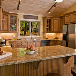 Light Brown Kitchen Cabinets  | Sandstone Rope Door  |  Kitchen Cabinet Kings