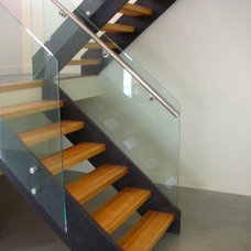 Modern Staircase by MODE CONCRETE
