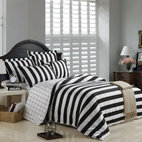 Black and White Striped Duvet Cover Bedding Set - Simply selecting a boldly striped duvet cover and one or two other similarly striped items can really take a room's decor to the next level.