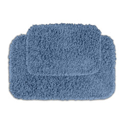 None - Quincy Super Shaggy Cool Blue 2-piece Bath Rugs Set - Jazz up the bathroom, shower room, or spa with a bright note of color while adding comfort to sink toes into with the Quincy Super Shaggy bathroom collection. These two green rugs are created from soft, durable, machine-washable nylon.