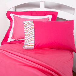 """Sophia Lolita - Full Sheet Set - Flat and fitted sheets come with our poppin pink cotton fabric. Standard pillowcase come in bright solid poppin pink and trim in """"Sophia Lines"""" cotton fabric."""