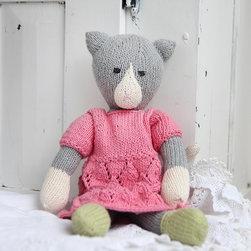 Zia & Tia - Amelia Kitty Hand-Knit Organic Stuffed Toy - Amelia Kitty Hand-Knit Organic Stuffed Toy