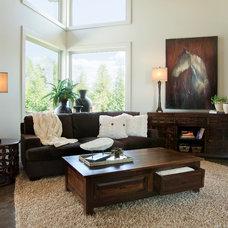 Contemporary Living Room by I.O. Metro