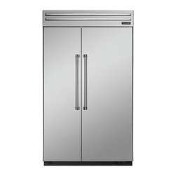 Thermador - 48 inch Built-In Side-by-Side T48BR820NS - We put convenience first when we designed our side-by-side refrigerators. With fully-adjustable glass shelves and easy electronic control, all of our side-by-sides can be ordered with an optional ice and water dispenser.