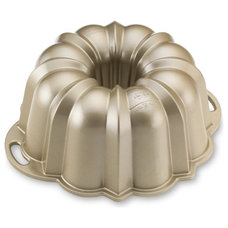 Traditional Cake Pans by Williams-Sonoma