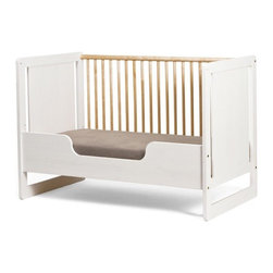 Oeuf Robin Toddler Bed Conversion Kit - Oeuf's very stylish crib converts into a toddler bed with this kit. If you're in to having just one bed for your growing little one, this kit can help.