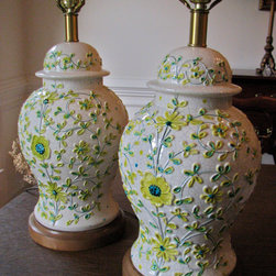 Pair of Vintage Floral Motif Ginger Jar Ceramic Lamps by URBAGE - There is a yellow-hued bedroom somewhere that needs these lamps. In fact, I would use these lamps as the starting point of a yellow bedroom. Mint walls, yellow silk curtains, gingham check pillows in spring green, beautiful wood armoire — I can see it now.