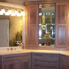 traditional bathroom by Distinctive Designs