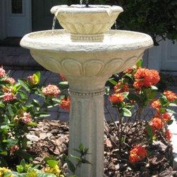 Smart Solar - Smart Solar Kensington Gardens 2-Tier Solar-on-Demand Birdbath Fountain -