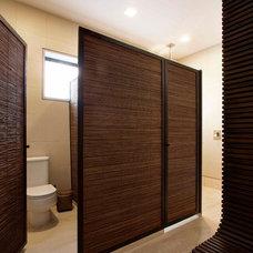 Eclectic Bathroom by Eduarda Correa Arquitetura & Interiores