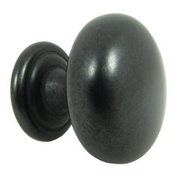 Stone Mill - Stone Mill Hardware 'Caroline' Antique Black Cabinet Knobs (Pack of 5) - Bring a classic vibe into your bedroom or living room with this set of five black antique cabinet knobs. These knobs have a subtle hint of modern appeal while still maintaining their classic design. They would transform any living space in an instant.