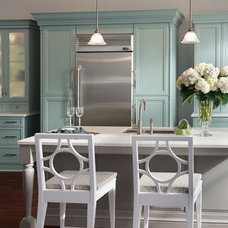 Contemporary Kitchen by Innermost Cabinets