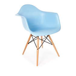 """Vertigo Interiors - *Set of 4* Eames Style DAW Dining Arm Chair, Blue - The Eames Style DAW arm chair features the iconic Eames style wooden """"dowel"""" legs. This chairs blends in with any type of dining setting. The high quality Polypropylene is easy to clean and is extremely durable."""
