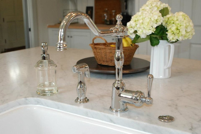 traditional kitchen faucets by Danze Inc
