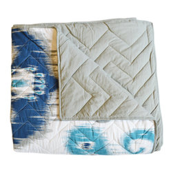 BrandWave - Ikat Quilt, Blue, King - Ikat is universally known, and believed to originate in Indonesia. It is likely one of the oldest forms of textile decoration. Modeled after the centuries-old, traditional textiles, the blue ikat quilt brings you a modernized version of this bohemian art.
