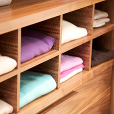 Modern Closet Storage by Minimo Bespoke Furniture