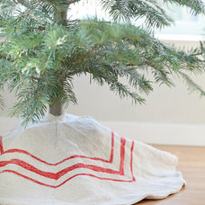 Traditional Christmas Tree Skirts by Dreamy Whites