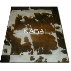 Traditional Rugs by KARA LEATHERS