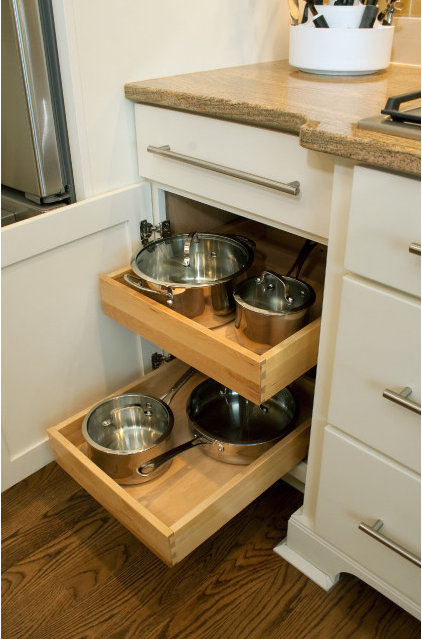 Contemporary Kitchen Drawer Organizers by CliqStudios Cabinets