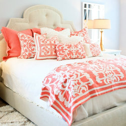 Lili Alessandra Battersea Quilted Ivory/Ivory Coverlet Set - This bedding is so perfect for the summer months.