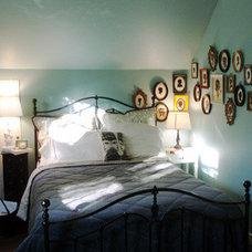 Eclectic Bedroom by designismine.blogspot.com