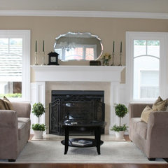 traditional living room Classic living room by Valerie Pedersen