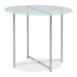 Classic outdoor end table - The Classic outdoor end table brings the modern style of an indoor favorite to your outdoor space. Handcrafted from outdoor-grade stainless steel, you can choose from several weatherproof top materials to give it a personal look.