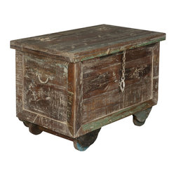 Sierra Living Concepts - Rustic Reclaimed Wood End Table Chest - It's easy to keep things moving with our Rolling Mini Chest. This multi-use storage box is great for parties or events because it's easy to fill and move from room to room.