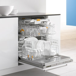 Miele - Futura Dimension Dishwasher - From innovative cutlery trays to specialized dish care settings, Miele's latest generation of premium dishwashers ensures your kitchenware is always immaculately cleaned  with unmatched precision and uncrompromising gentleness.