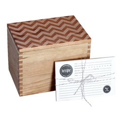 Richwood Creations - Heirloom Recipe Box and Cards - Chevron Pattern Design - We wanted to create the perfect recipe box, with a well thought out and designed recipe card set to accompany it. Collaborating alongside Emily of The Oyster's Pearl, she created double-sided recipe cards in a timeless style to go with our well-crafted recipe box that you would want to proudly gift, or display for yourself. One that would be built to last, and to hand down for generations. With the innovation of the lid to be flipped over and double as a recipe card holder with a slightly angled slot to prop up your favorite recipe for easy reading. Perfect as a wedding, bridal shower, anniversary, or housewarming gift, or a great addition to your own kitchen! Designed and engraved with a chevron pattern, the lid has a lip on the bottom to fit perfectly within the top of the box. This recipe box fits standard 4x6 cards. Finished with a clear, satin coat.