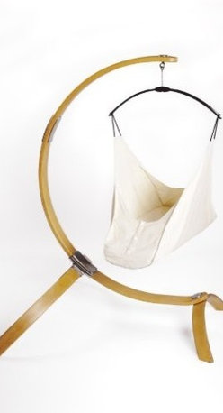 Hushamok Okoa Stand and Organic Hammock - Made from sustainable wood and organic cotton canvas, this swing from Hushamok is a breath of fresh air compared to usual baby swings. It's modern, organic, safe and beautiful.