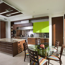 Contemporary Kitchen by Abramson Teiger Architects