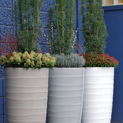 contemporary outdoor planters by Pot Incorporated