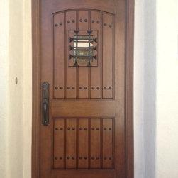 Entry Door Replacement - After Photo of a new Jeld-Wen Aurora Estate System - A 3068 Fiberglass door with Mahogany Grain Style #1322 Door, Flat top,