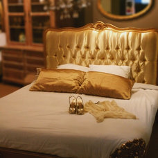 Traditional Beds by Lansky Studio