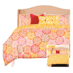 SIS Covers - SIS Covers Olivia Duvet Set - 6 Piece Full Duvet Set - 5 Piece Twin Duvet Set Duvet 67x88, 1 Std Sham 26x20, 1 16x16 dec pillow, 1 26x14 dec pillow. 6 Piece Full Duvet Set Duvet 86x88, 2 Std Shams 26x20, 1 16x16 dec pillow, 1 26x14 dec pillow. 6 Piece Queen Duvet Set Duvet 94x98, 2 Qn Shams 30x20, 1 16x16 dec pillow, 1 26x14 dec pillow. 6 Piece California King Duvet Set Duvet 104x100, 2 Kg Shams 36x20, 1 16x16 dec pillow, 1 26x14 dec pillow6 Piece King Duvet Set Duvet 104x98, 2 Kg Shams 36x20, 1 16x16 dec pillow, 1 26x14 dec pillow. Fabric Content 1 100 Polyester, Fabric Content 2 100 Polyester, Fabric Content 3 100 Polyester. Guarantee Workmanship and materials for the life of the product. SIScovers cannot be responsible for normal fabric wear, sun damage, or damage caused by misuse. Care instructions Machine Wash. Features Reversible Duvet and Shams.