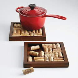 Wine Cork Trivet Kit - This wine cork trivet kit makes a great gift for hosts or hostesses that are wine enthusiasts.