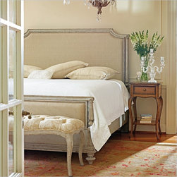 Stanley Furniture Arrondissement Palais Upholstered Bed 3 Piece Bedroom Set in V - Our Palais Upholstered Bed takes comfort to a new, more plush level with its upholstered head- and footboards. Meant to create an elegant, yet cozy haven for sleep, the only other embellishments the bed needs are subtly, carved posts and bun feet.