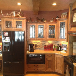 Rustic Kitchen Cabinetry: Find Kitchen Cabinets Online