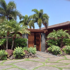 Tropical Landscape by Loriann Gordon Landscape Architect