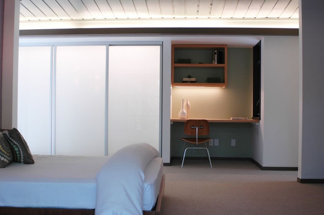 Contemporary Bedroom by Hart Wright Architects, AIA