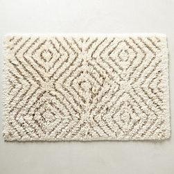 "Anthropologie - Diamond Stripe Bathmat - Cotton, linenMachine wash32""L, 21""WPortugal"