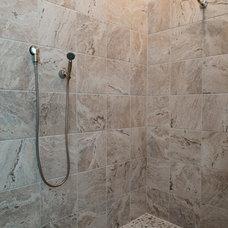 Rustic Showers by Dillard-Jones Builders, LLC